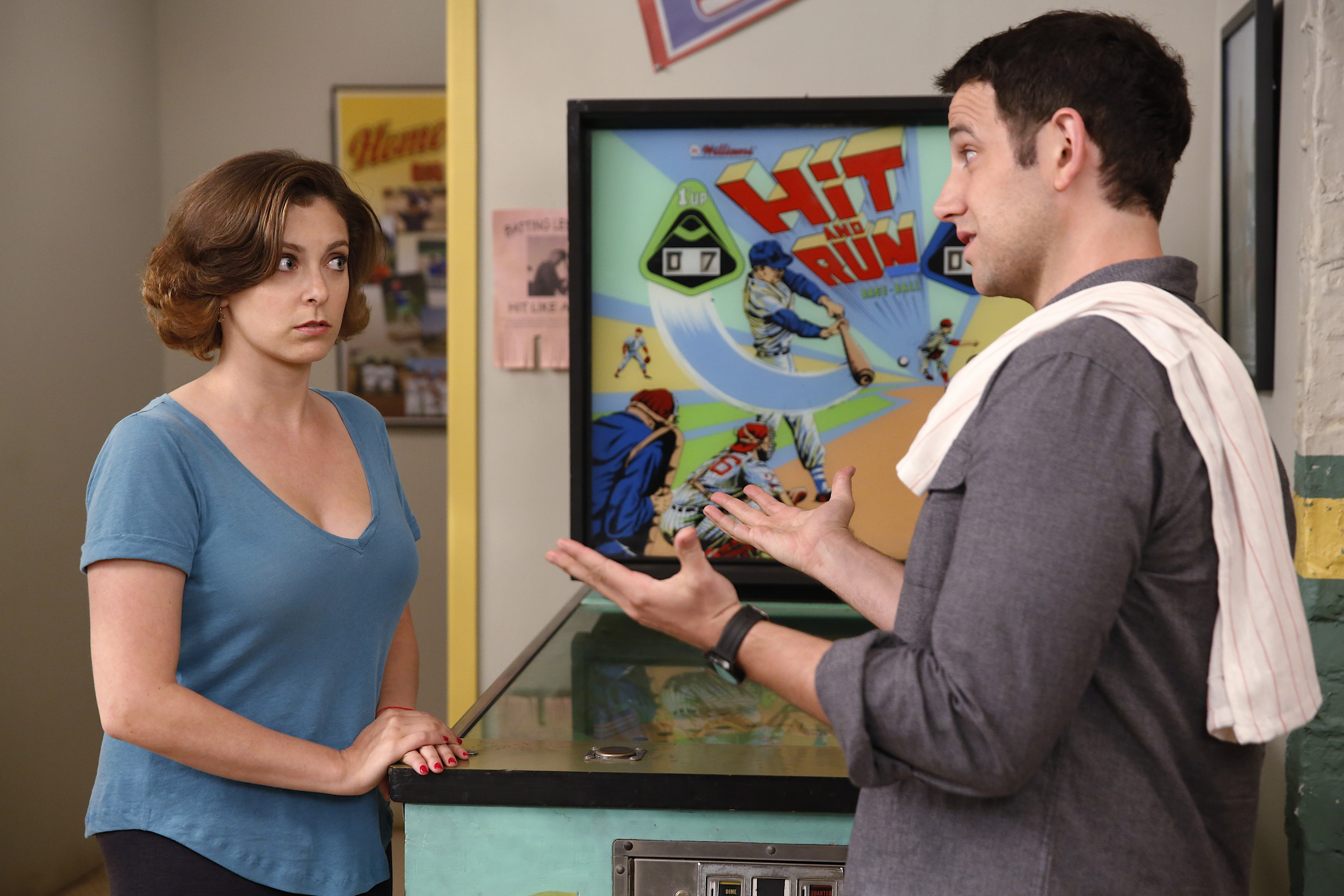Crazy Ex-Girlfriend, Rachel Bloom, Santino Fontana