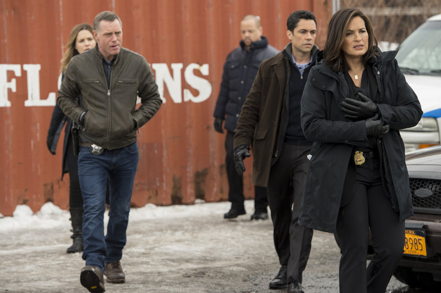 Law & Order: SVU Chicago PD Chicago Fire crossover
