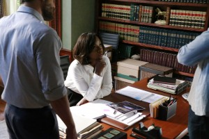 How to Get Away With Murder Annalise at desk