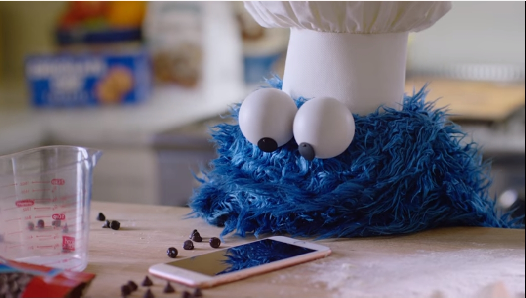 Apple Cookie Monster ad