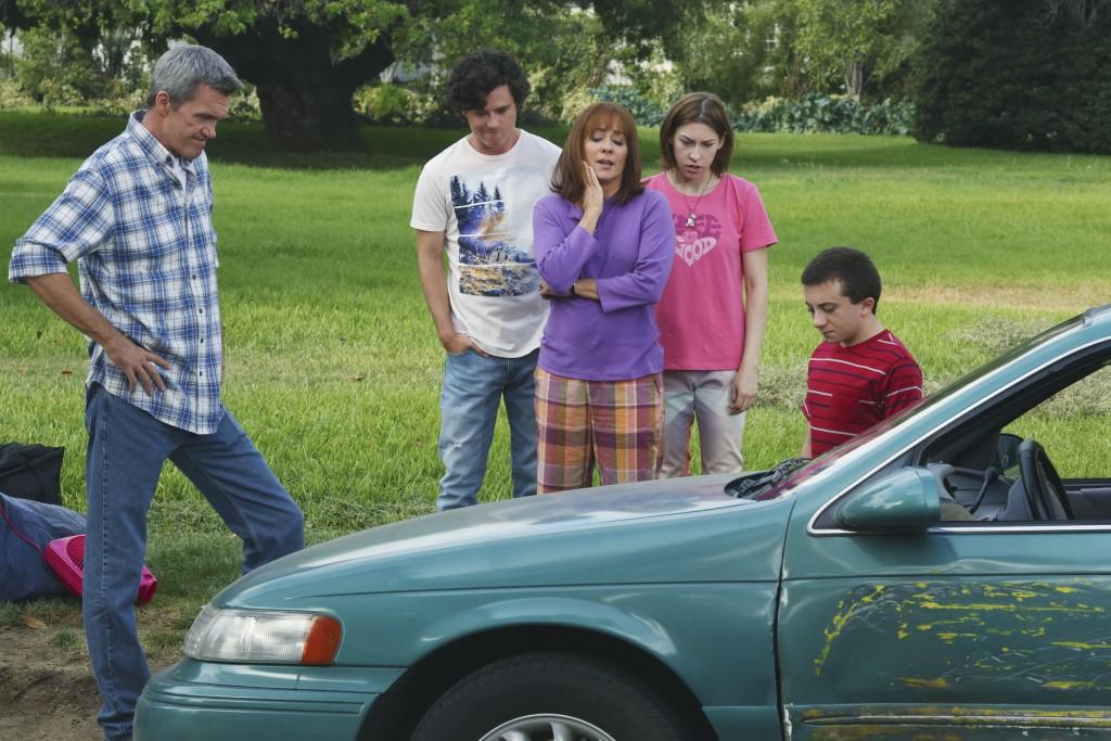 "THE MIDDLE - ""Episode 701"" (ABC/Michael Ansell) NEIL FLYNN, CHARLIE MCDERMOTT, PATRICIA HEATON, EDEN SHER, ATTICUS SHAFFER"