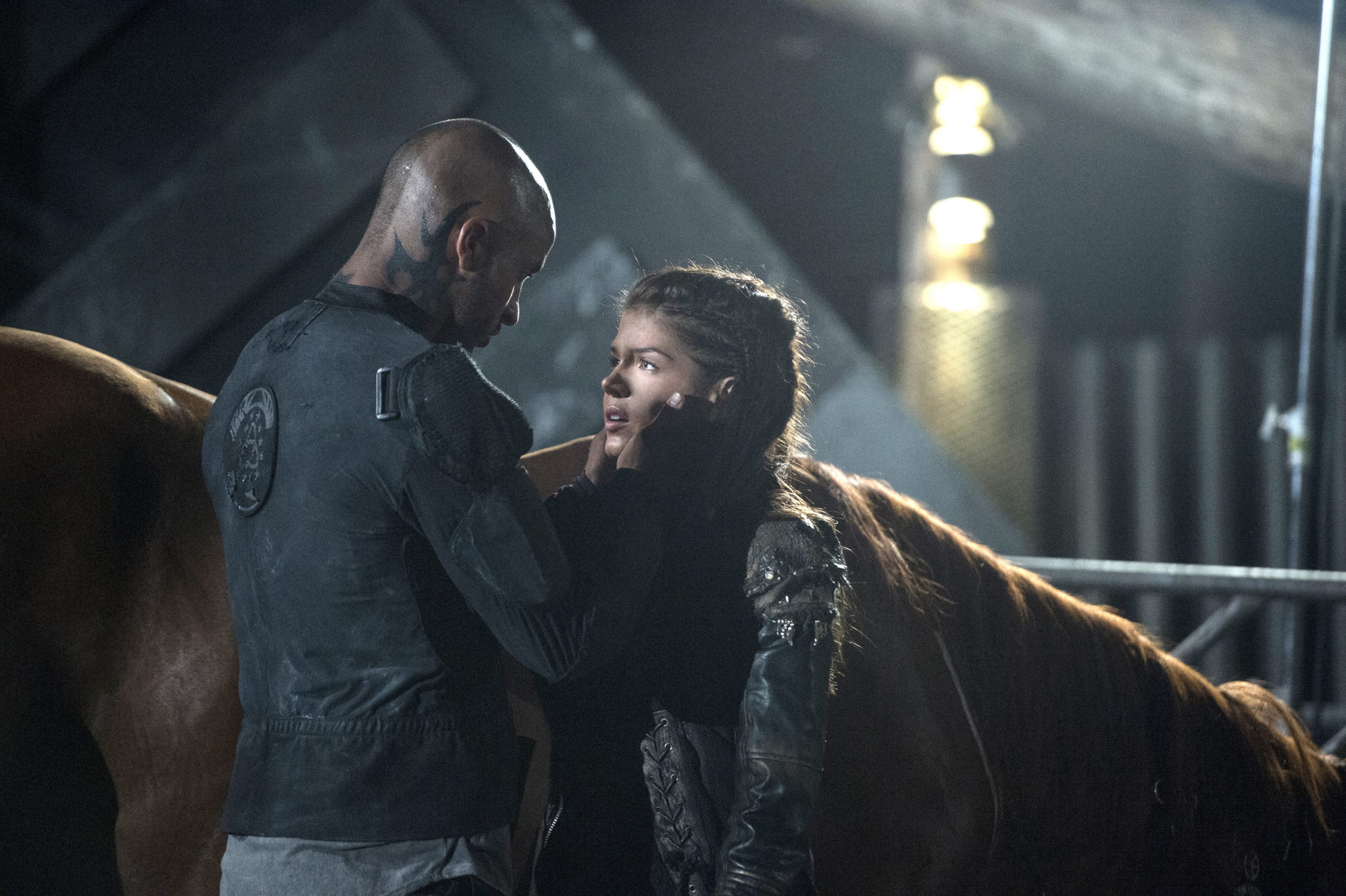 The 100 Season 2 Linctavia