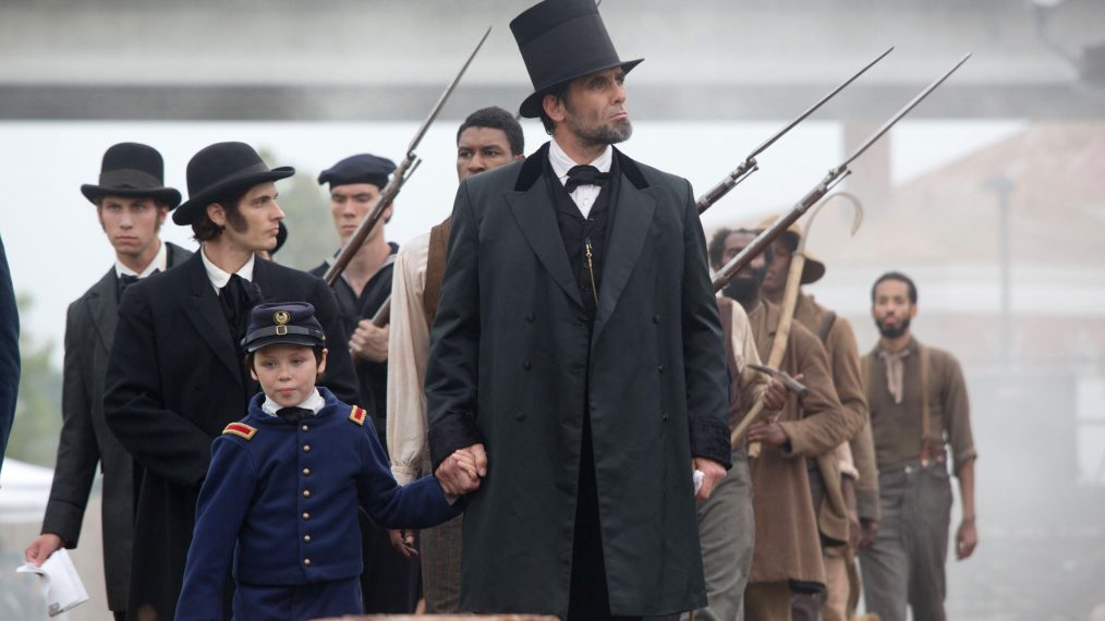 KILLING LINCOLN, center: Billy Campbell (as Abraham Lincoln), (aired February 13, 2013), 2013, ph: K
