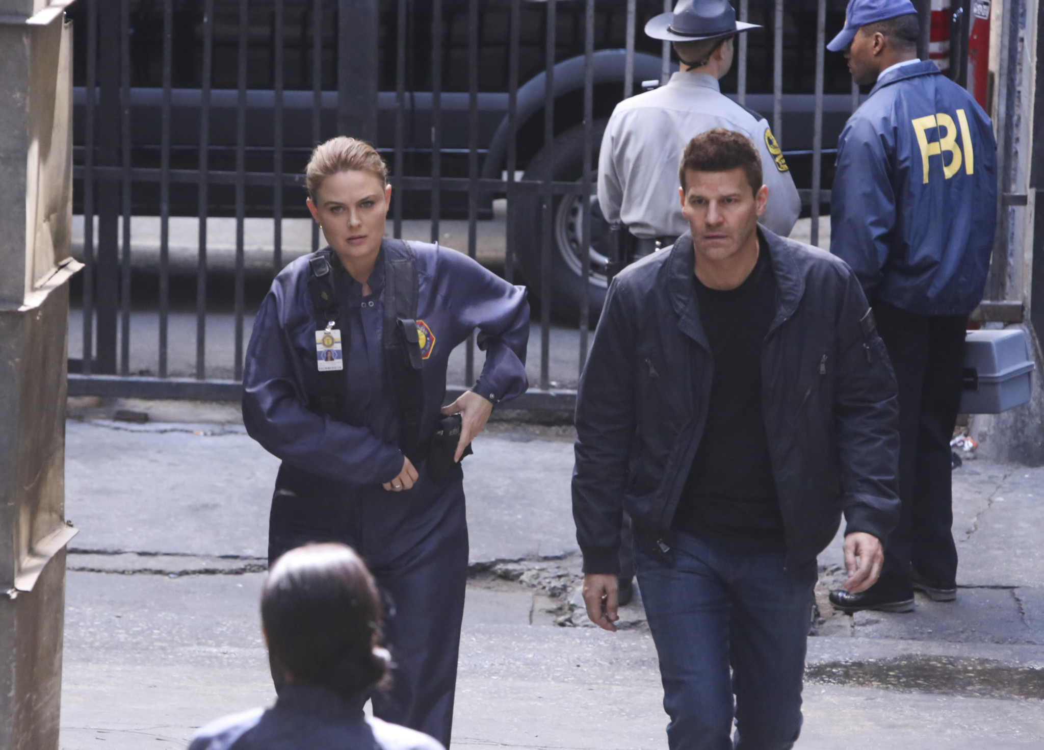 'Bones': Emily Deschanel, David Boreanaz and Producers Reflect on Their Favorite Episodes