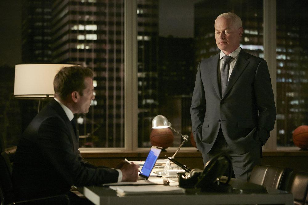 Harvey (Gabriel Macht) enlists the help of Sam Cahil (Neal McDonough)