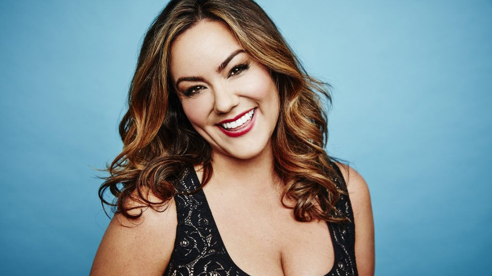 American Housewife: Katy Mixon on Playing a 'Firecracker' Mom