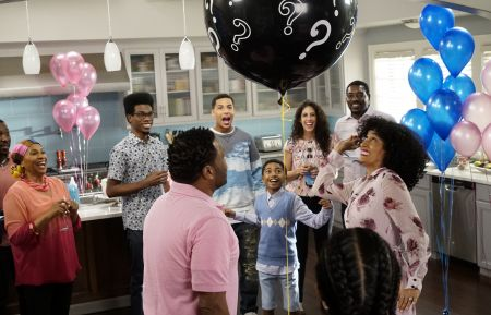 """The Name Game"" - Pictured: Jenifer Lewis, Marcus Scribner, Miles Brown, Tracee Ellis Ross, Anthony Anderson"