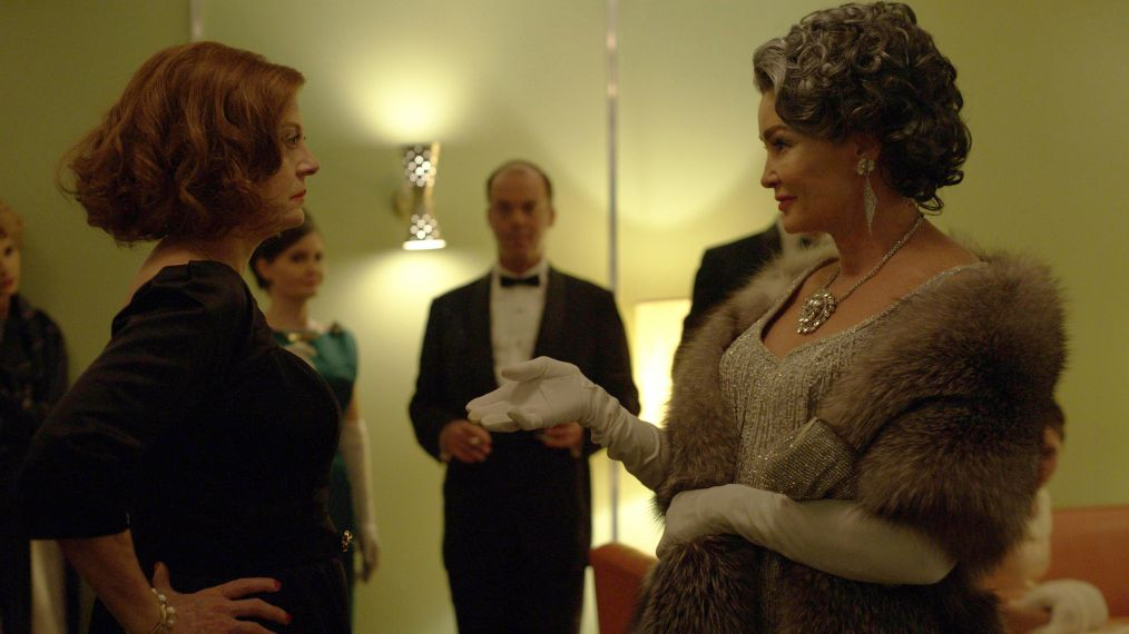 Roush Review: 'Feud: Bette and Joan' Revisits a Catfight for the Ages