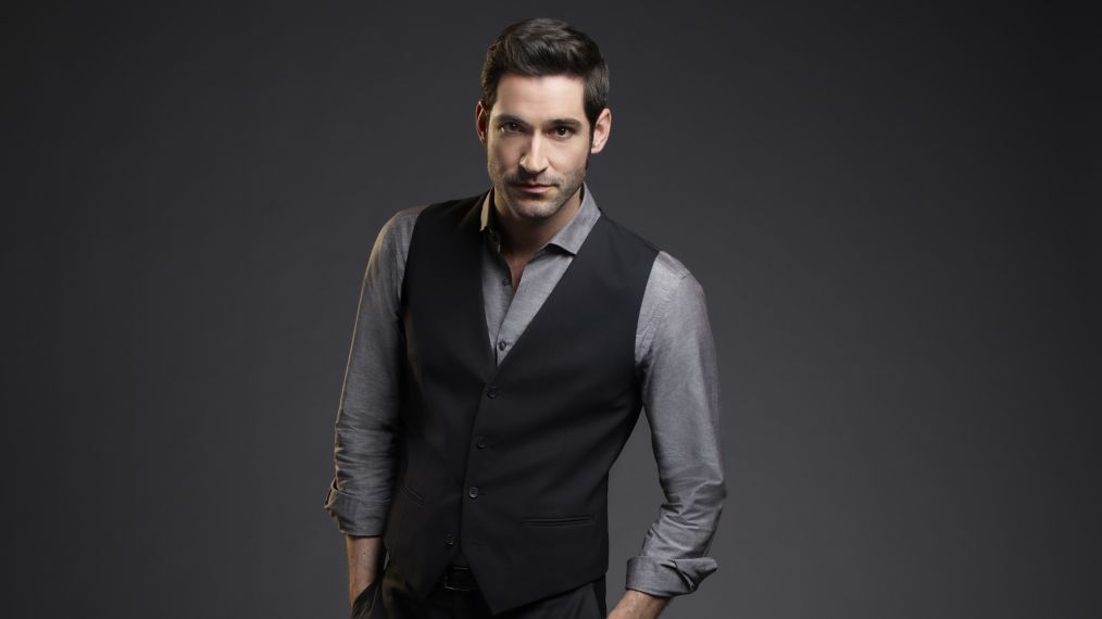 'Lucifer' Star Tom Ellis 'Not Giving Up' on Season 4 Renewal, Cheers on Fans