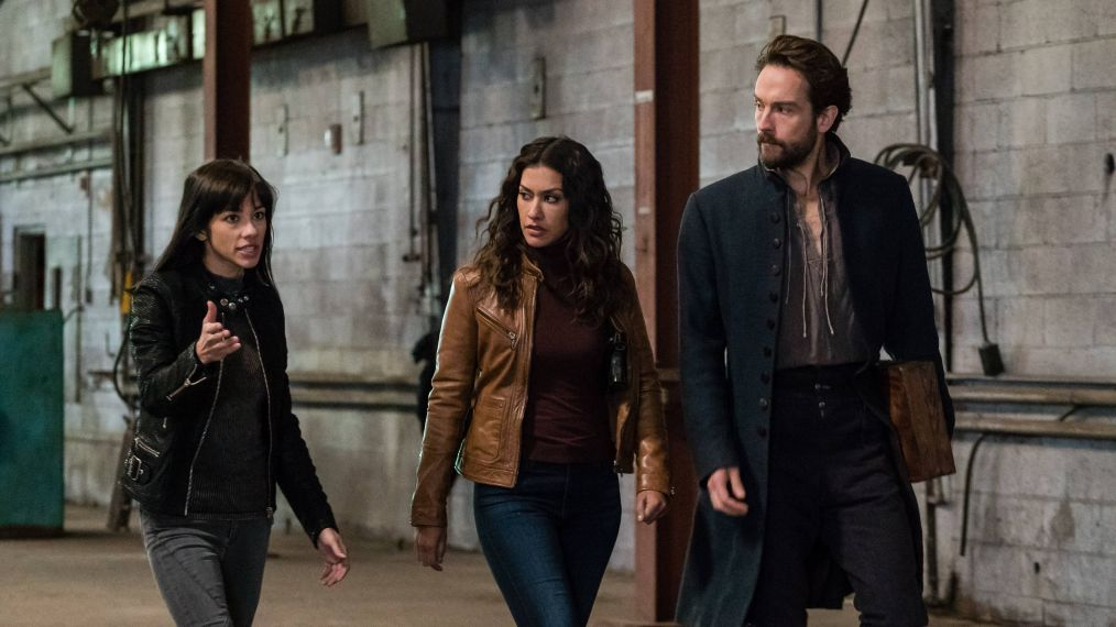 'Sleepy Hollow': 'Falling Skies' Vet Makes Mysterious Debut (PHOTOS)