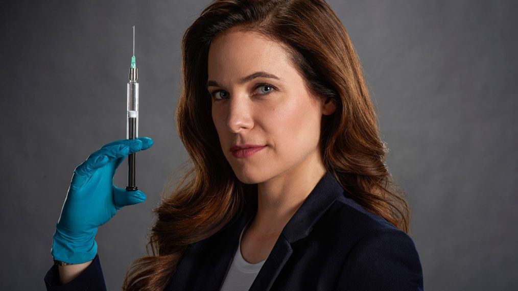 Caroline Dhavernas Slays in Lifetime's 'Mary Kills People'