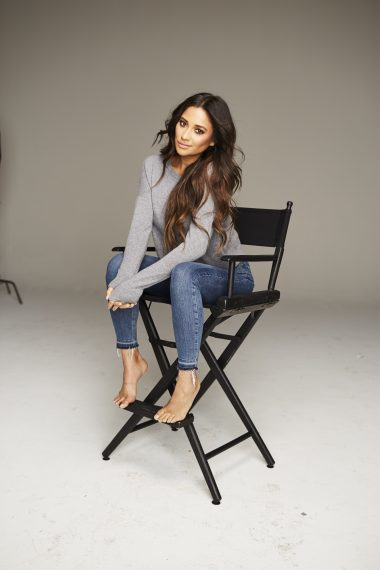 fullscreen, shay mitchell