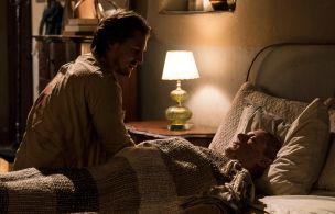 'Prison Break' Clip: Whip's Bedside Plea to Michael Scofield