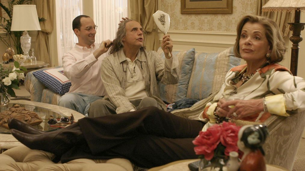 ARRESTED DEVELOPMENT - Tony Hale, Jeffrey Tambo, Jessica Walter