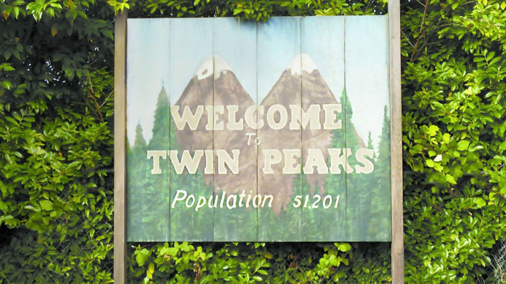 Familiar Faces Return in New 'Twin Peaks' Teaser