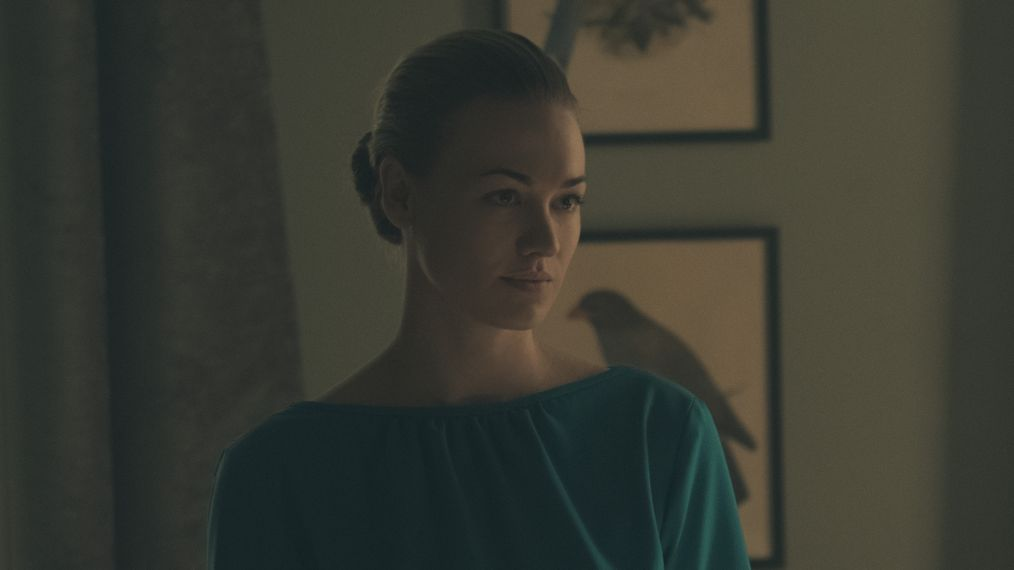 'The Handmaid's Tale': The Cast Looks Forward to Bold Season 2