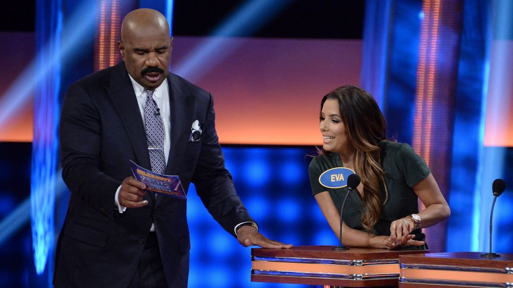 First Look: Eva Longoria Raises a Hilarious Stink on 'Celebrity Family Feud'