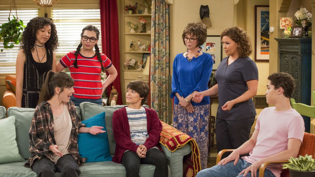 'One Day at a Time' Stars Justina Machado, Isabella Gomez on the Show's Progressive Themes