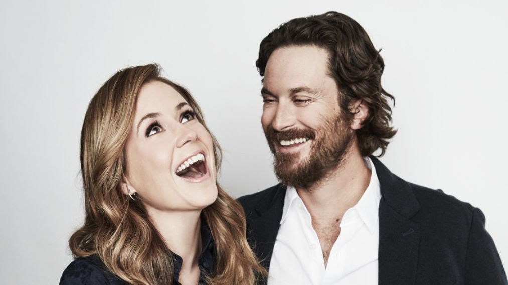 Jenna Fischer & Oliver Hudson Explain How 'Splitting Up Together' Works (VIDEO)