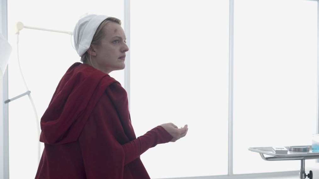 'The Handmaid's Tale's Star Elisabeth Moss on June's Journey to Freedom