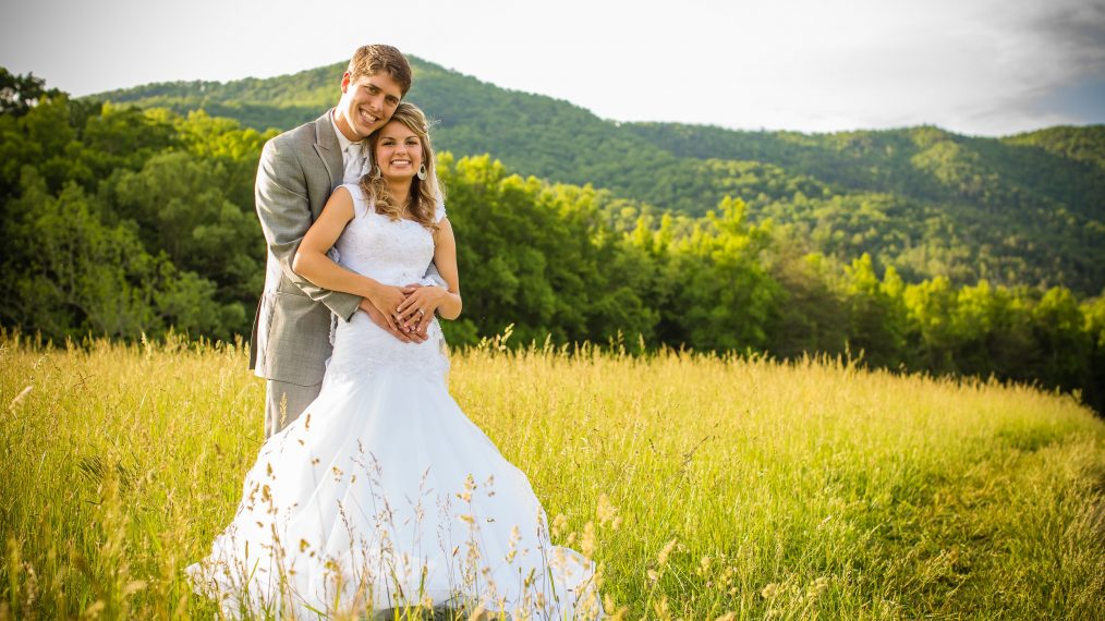 'Bringing Up Bates' Wedding