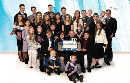 The Bates Family Celebrates 100 Episodes of 'Bringing Up Bates'