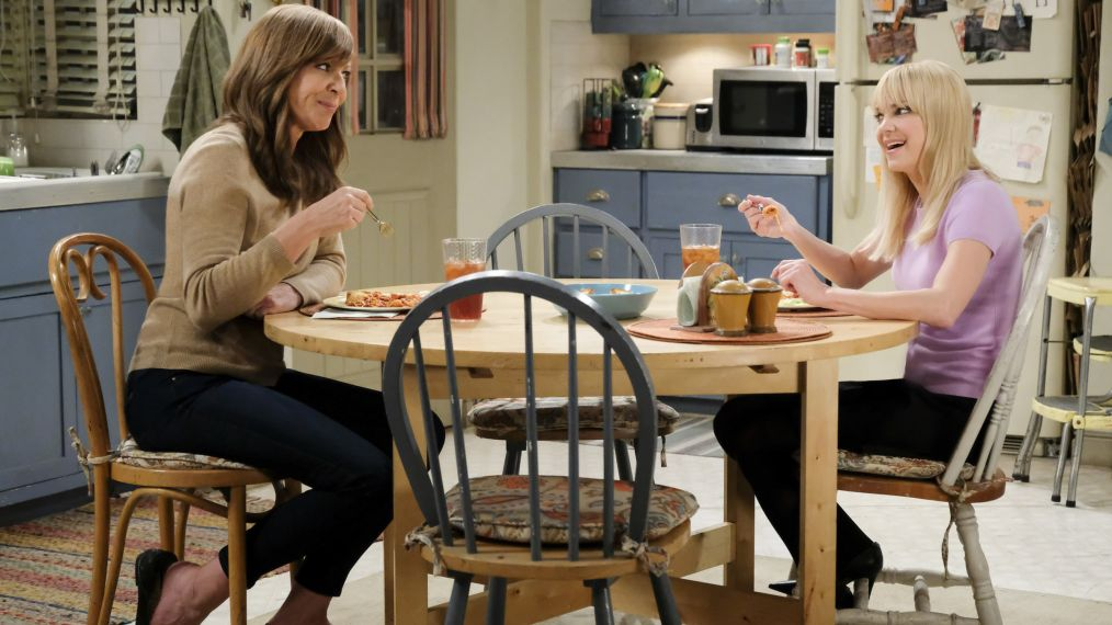 CBS Renews 'Mom' for Season 6