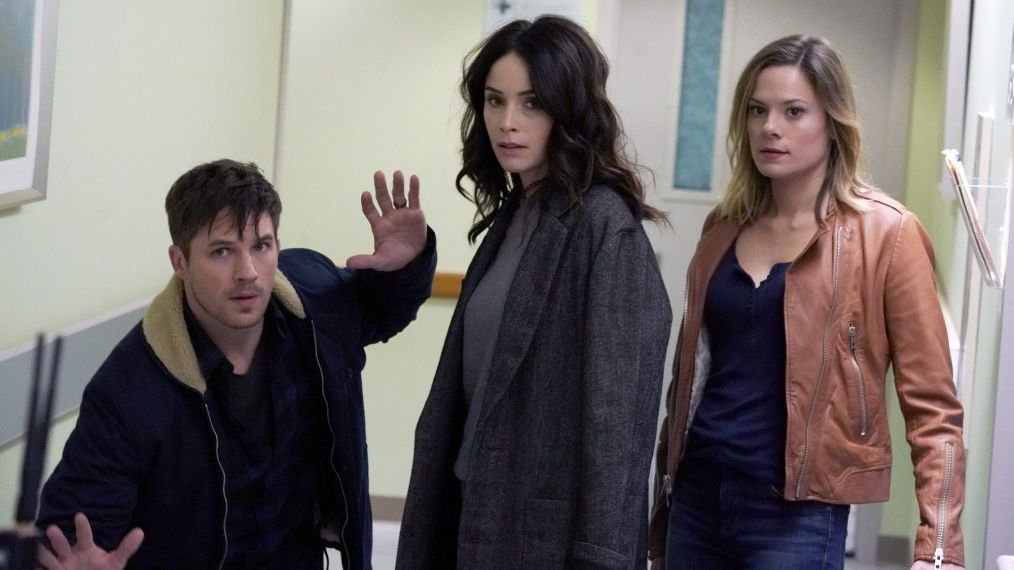 Timeless - Matt Lanter, Abigail Spencer, Tonya Glanz