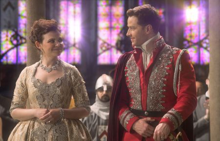 ONCE UPON A TIME - GINNIFER GOODWIN, JOSH DALLAS
