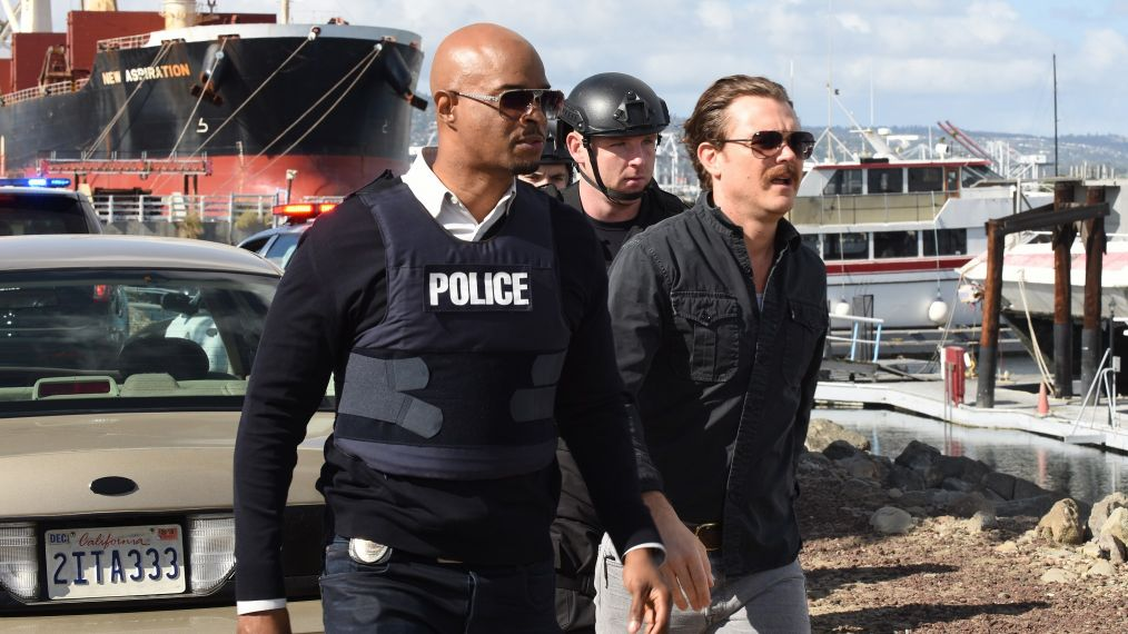 LETHAL WEAPON: L-R: Damon Wayans and Clayne Crawford in the