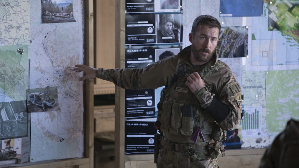 'Six' Star Barry Sloane on What's in Store for Joe 'Bear' Graves in Season 2 (VIDEO)
