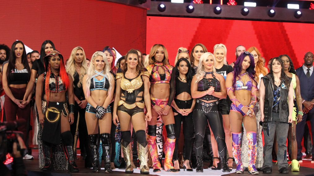 5 Dream Matches for WWE's Inaugural All-Women's PPV Event, 'Evolution'