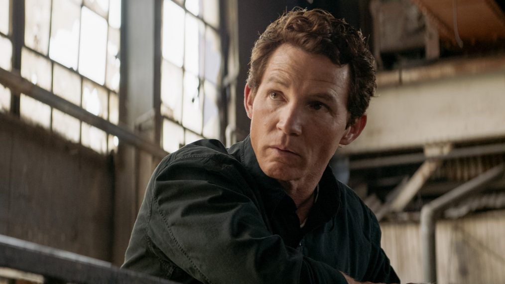 'Animal Kingdom' Star Shawn Hatosy Previews His Directorial Debut & Pope's Future