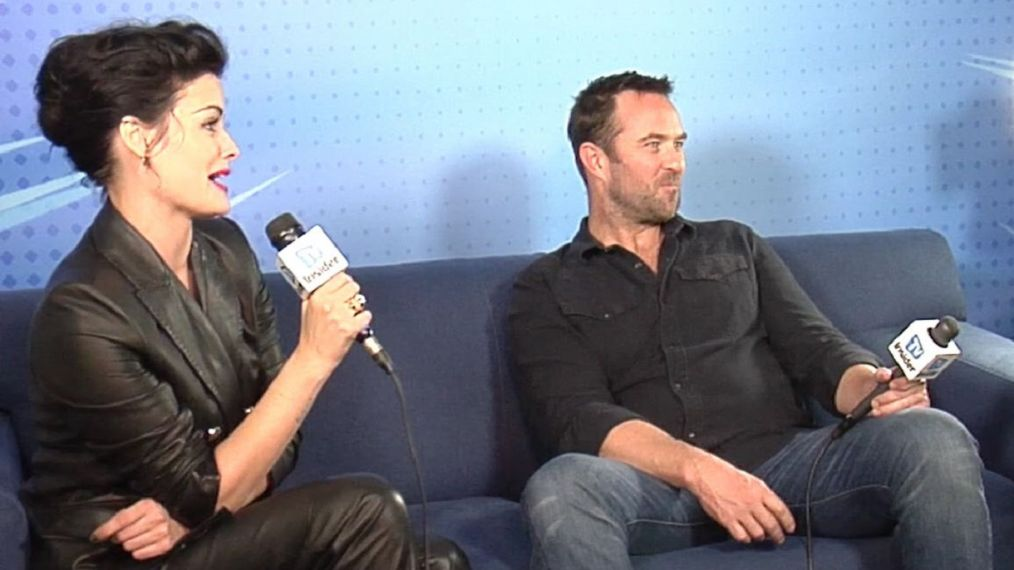 'Blindspot' Stars Jaimie Alexander & Sullivan Stapleton Talk Season 4, Tokyo & Tattoos (VIDEO)