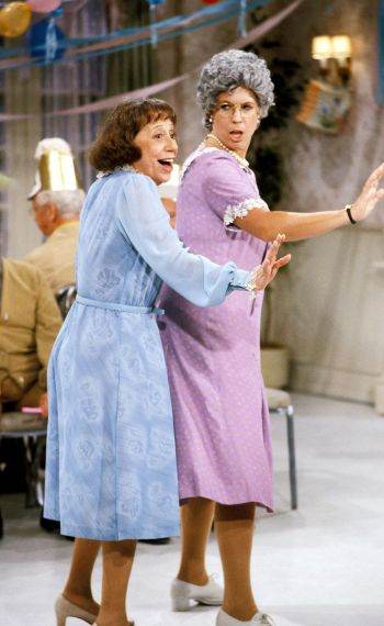 MAMA'S FAMILY - VICKI LAWRENCE