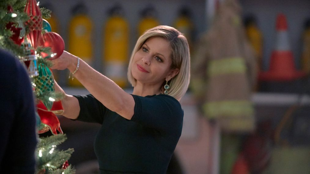 Candace Cameron Bure Shares a Sneak Peek at Hallmark's 'A Shoe Addict's Christmas' (VIDEO)