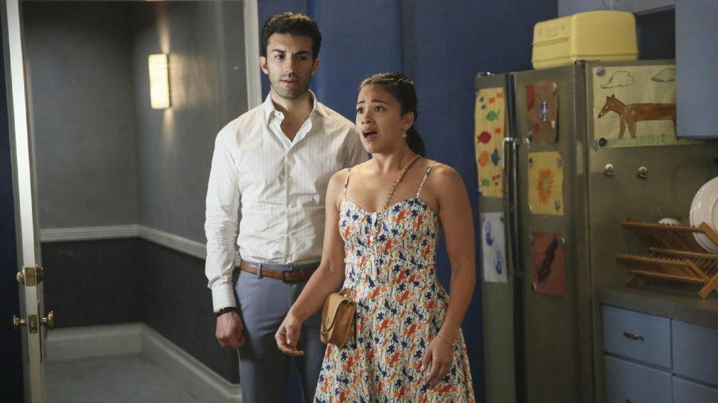The CW 2019 Midseason: 'Jane the Virgin' & 'Black Lightning' Make Moves, 'Roswell' Premieres & More