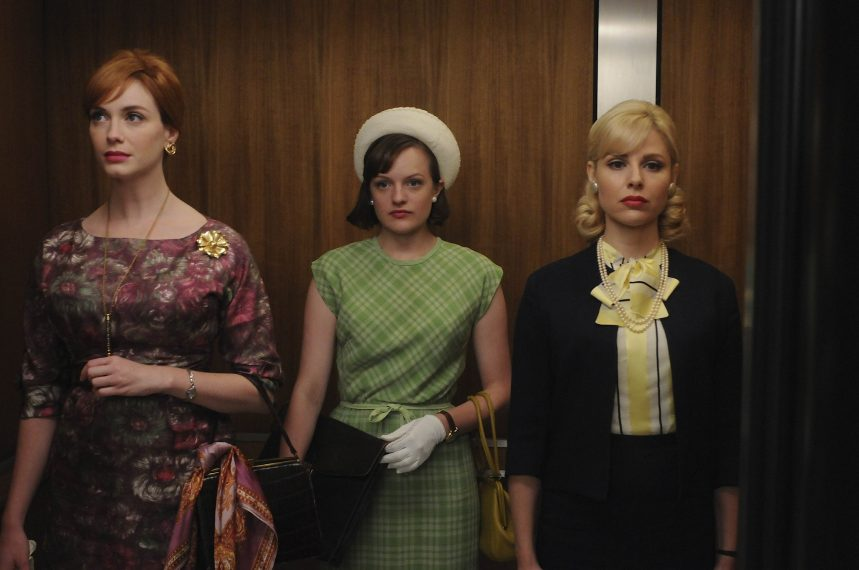 Joan Harris (Christina Hendricks), Peggy Olson (Elisabeth Moss) and Faye Miller (Cara Buono) - Mad Men - Season 4, Episode 9 - Photo Credit: Michael Yarish/AMC