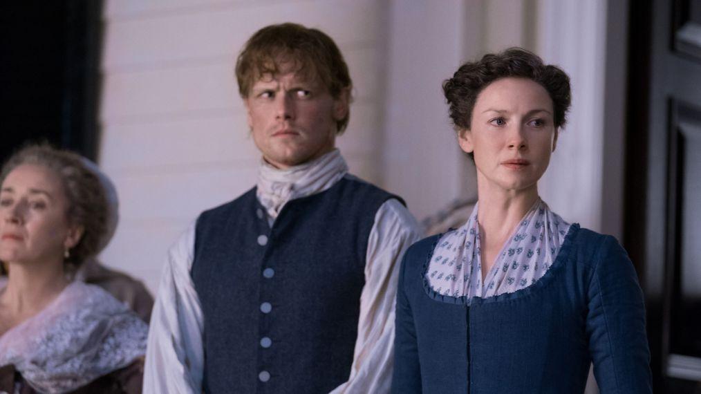 'Outlander' Sneak Peek: Jamie and Claire Arrive at River Run (PHOTOS)