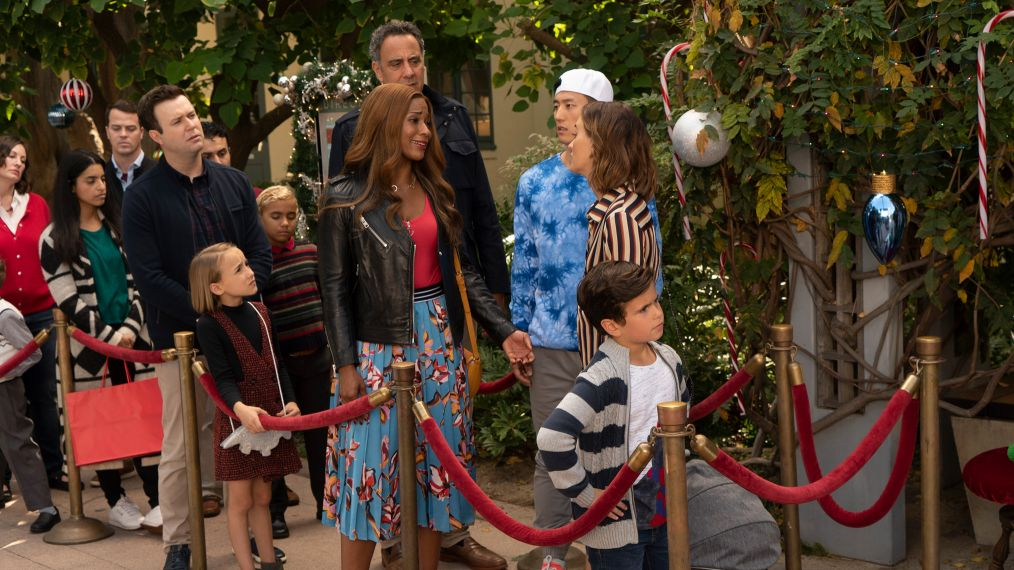 SINGLE PARENTS -TARAN KILLAM, MARLOW BARKLEY, KIMRIE LEWIS, BRAD GARRETT, JAKE CHOI, LEIGHTON MEESTER, TYLER WLADIS