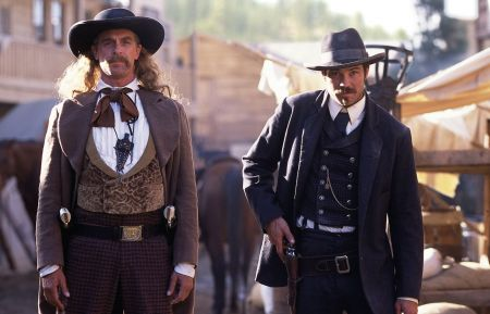 DEADWOOD -  Keith Carradine, Timothy Olyphant