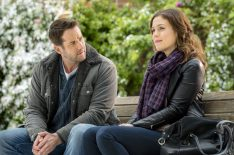 7 Common Tropes Found in Hallmark Holiday Movies (PHOTOS)