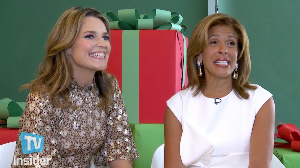 'Today's Hoda Kotb & Savannah Guthrie Reveal Their Holiday Hit Lists (VIDEO)