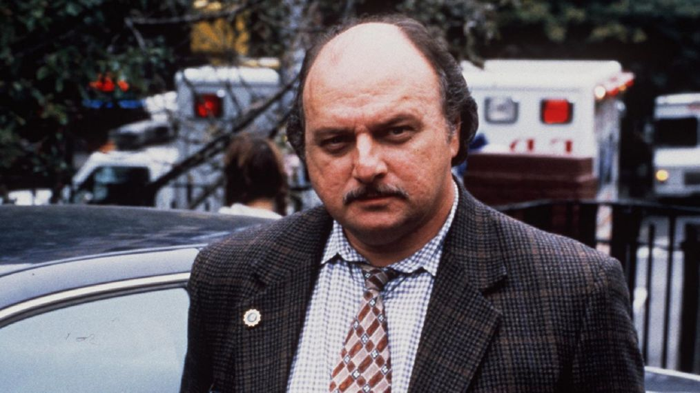 1999 Dennis Franz star in year 6 of the tv series