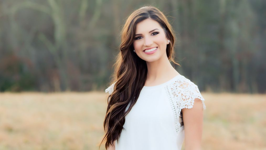 'Bringing Up Bates' Star Carlin Bates Opens Up About Her Inspiring Younger Sister
