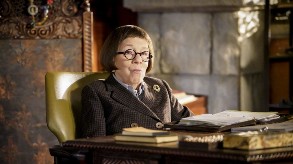 linda hunt cover