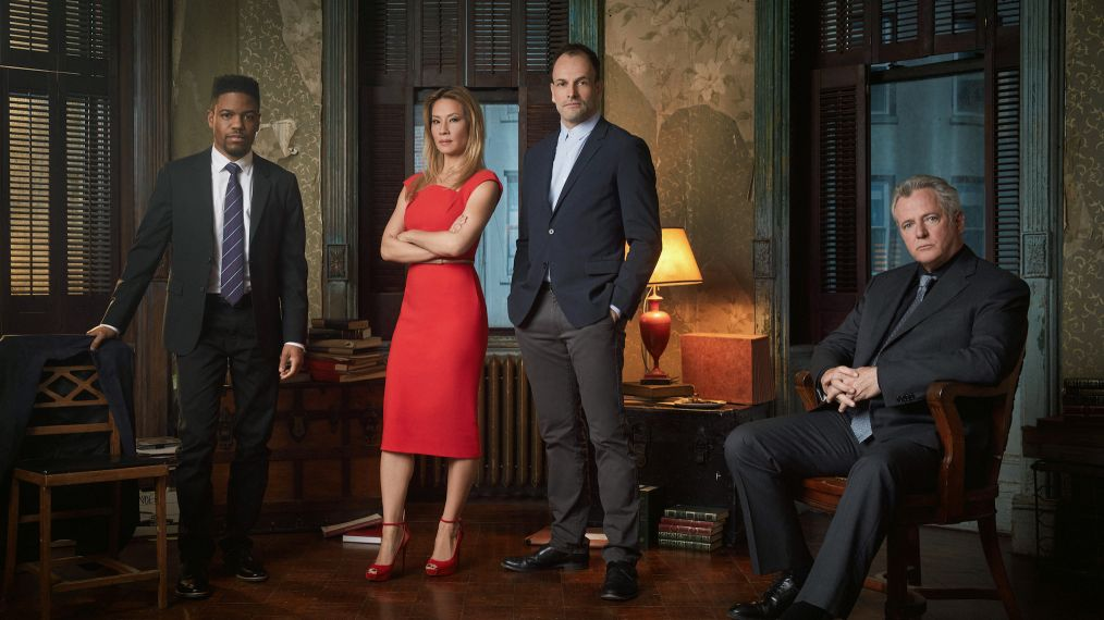 'Elementary' Returns! See the Cast in Their Final Season Portraits (PHOTOS)