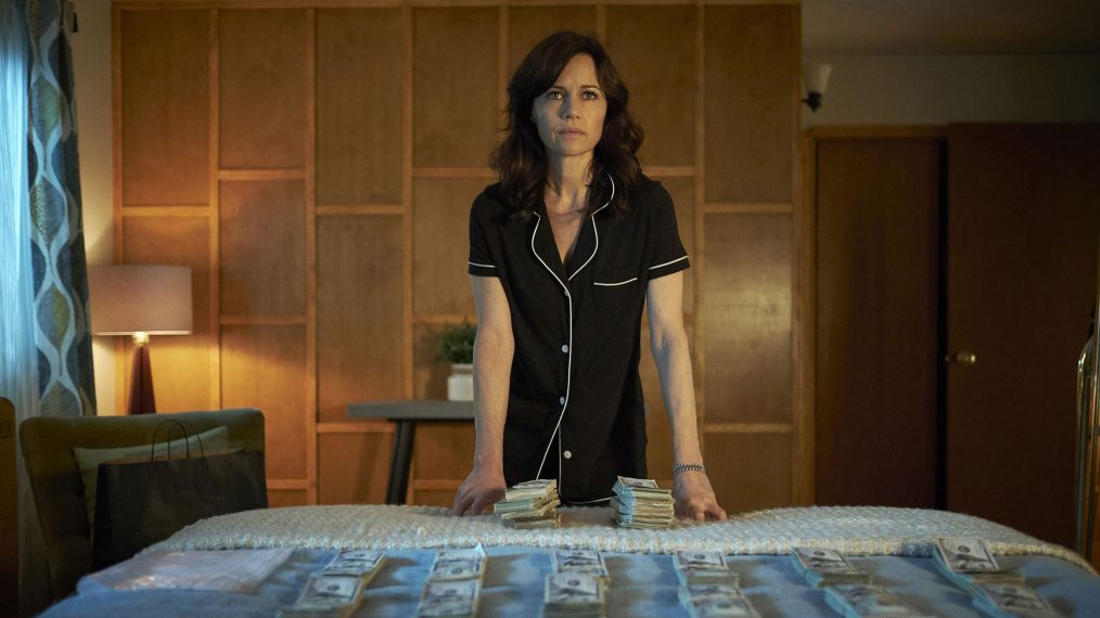 'Jett's Carla Gugino Says Her World-Class Criminal Is 'Incredibly Good' at What She Does