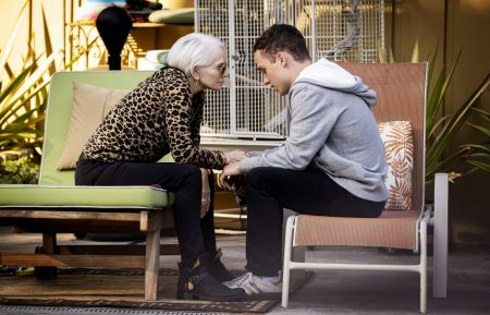 Animal Kingdom - Ellen Barkin, Finn Cole