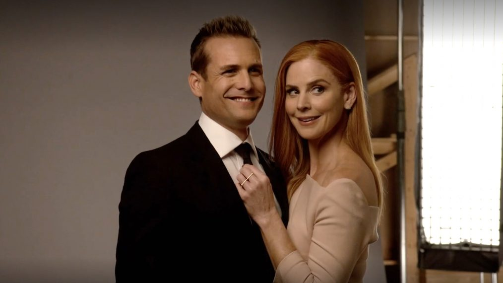 Behind the Scenes of the 'Suits' Cover Shoot With Sarah Rafferty & Gabriel Macht (VIDEO)